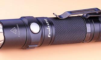 Fenix LD12 une petite lampe fiable et pratique au quotidien