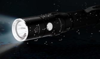 Fenix LD22 Lampe de poche EDC légère alimentée par des piles AA